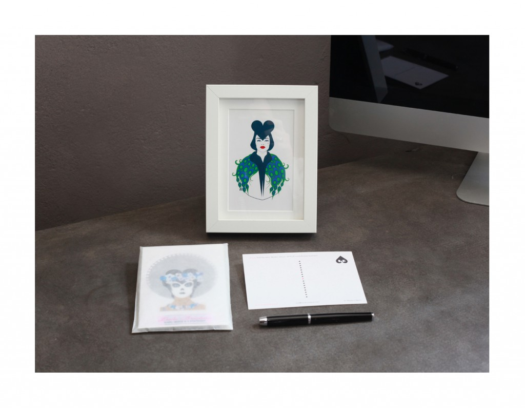 Modern Venus Set postcards and postcard framed. All rights reserved ©Lucila Bristow
